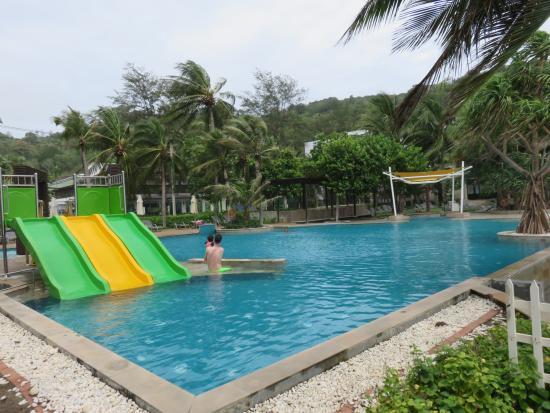 Beachfront room - Picture of Katathani Phuket Beach Resort, Kata Noi Beach - TripAdvisor