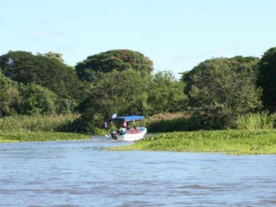 Granada, Nicaragua: Motor boat Ride