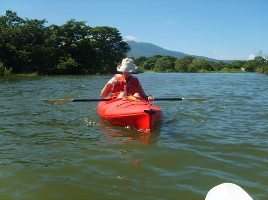 Granada, Nicaragua: Kayaking in lake Nicaragua