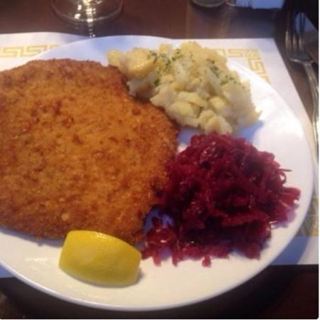 Bruno's European Cafe : Schnitzel Lunch plate with spatzle and red cabbage