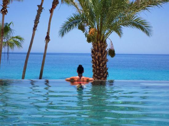 Hilton Los Cabos Beach Golf Resort Photo
