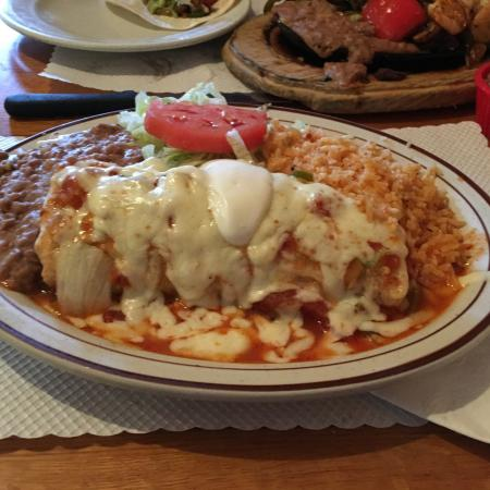 Santiago's Mexican Restaurant: photo0.jpg