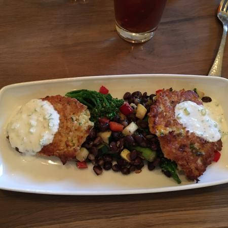 Eighty Acres Kitchen and Bar