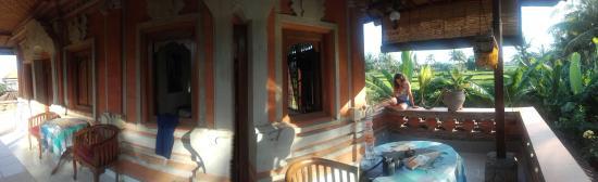 Nirwa Ubud Homestay: 20160601_080841_large.jpg