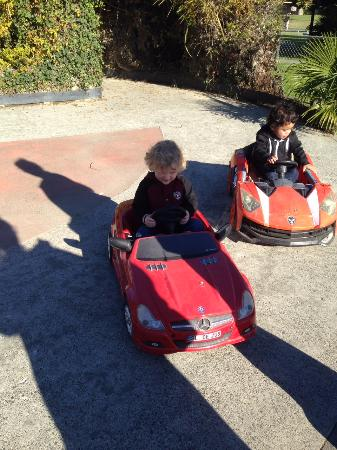 Riverland Family Park : Electric cars are perfect fun for the little ones