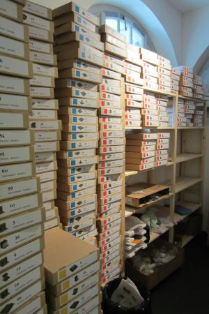 Brugg, Szwajcaria: lots of boxes organized for the building of a Roman town