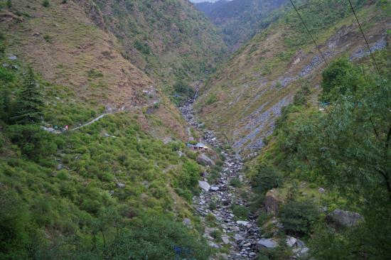 Bhagsu Waterfall: walk path to bhagsunath falls