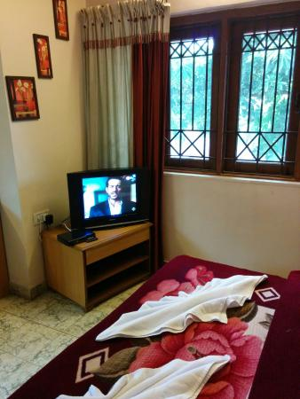 Hotel Sahyadri: a view of the room