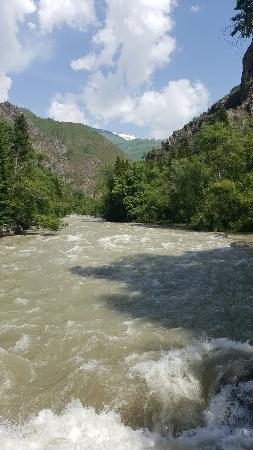 Toktogul, Kyrgyzstan: 20160608_103829_large.jpg