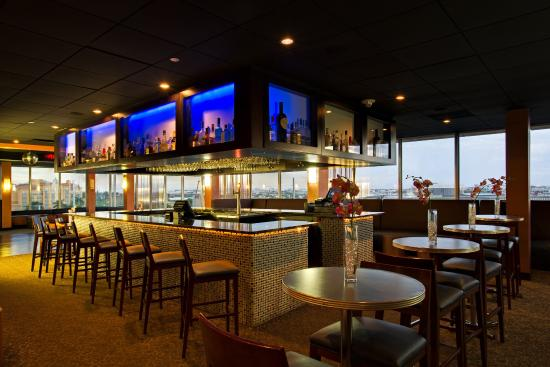 Miami Springs, FL: Enjoy our specialty drinks with panoramic views of Miami Skyline!