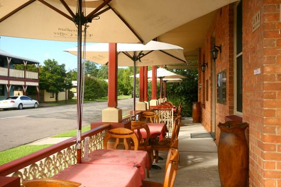 CBC Bed and Breakfast: Outdoor Cafe