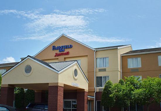 Photo of Fairfield Inn Charlotte/Northlake