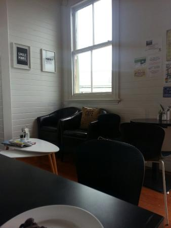 Mangonui, Yeni Zelanda: Coffee and cake at delightful place in Mongonui