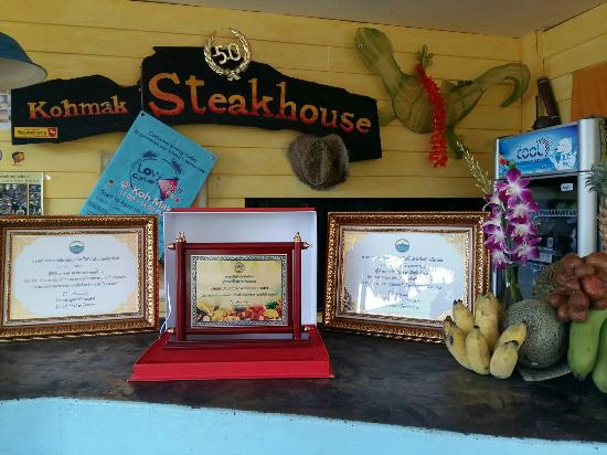 Kohmak Restaurant, Steakhouse & German Bakery: Cocking Contest 