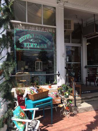 Hippie Lizzie's Vintage is a lovely little jewel in Pepperell, MA.