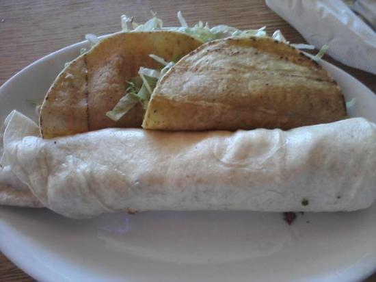 El Azteco: Tacos and burrito