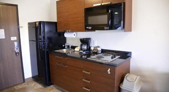 My Place Hotel-Cheyenne, WY: My Place Kitchenette