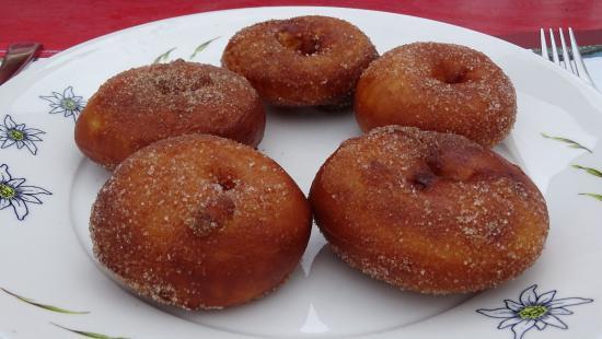 Hotel Falken Wengen: Apple Fritters at Brandegg