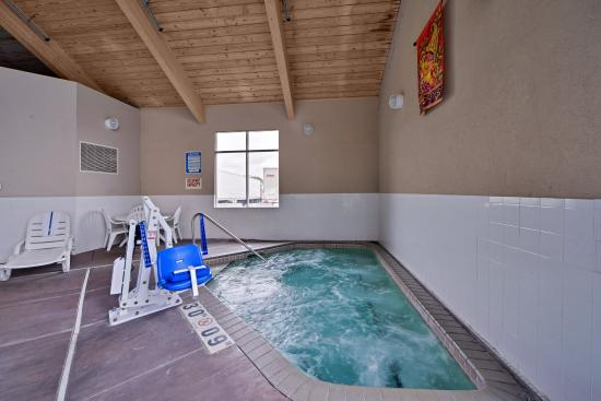 Comfort Inn: Indoor hot tub