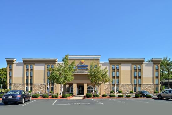 Photo of Comfort Inn & Suites East Hartford