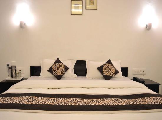 Photo of Hotel Priya Agra