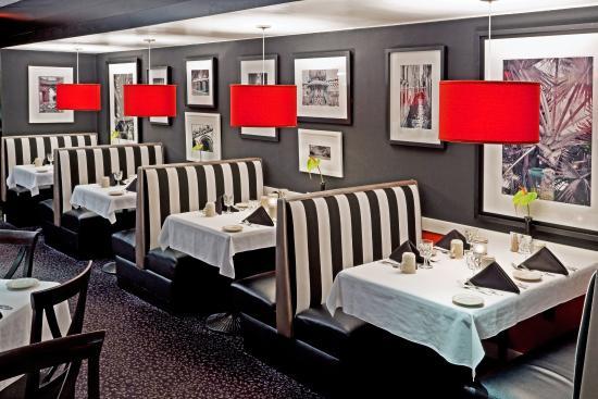 Carteret, NJ : Julian's Restaurant