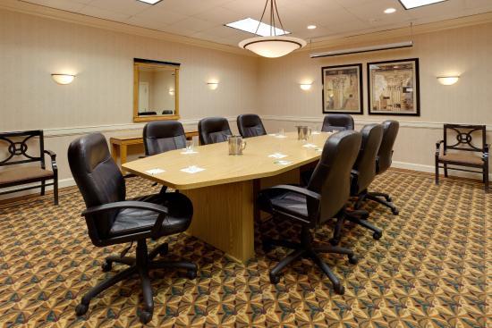 Johnstown, NY: Boardroom