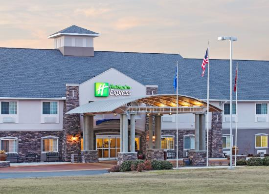 Photo of Holiday Inn Express Monticello
