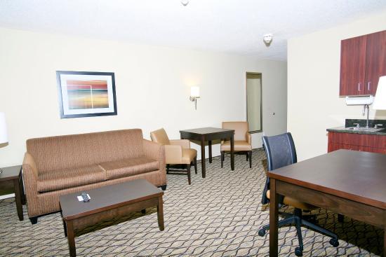 Cheap Hotels In Roseville Mi