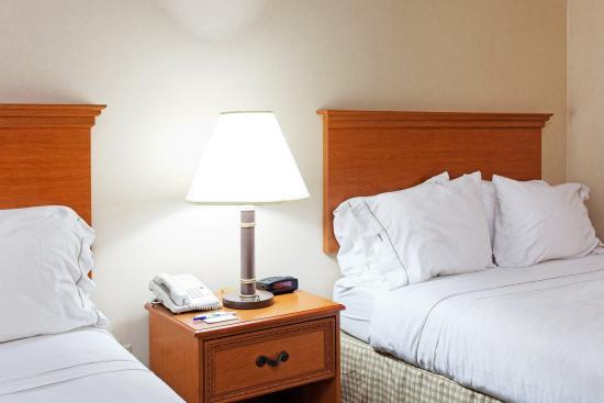 Sylacauga, AL: Double Bed Guest Room