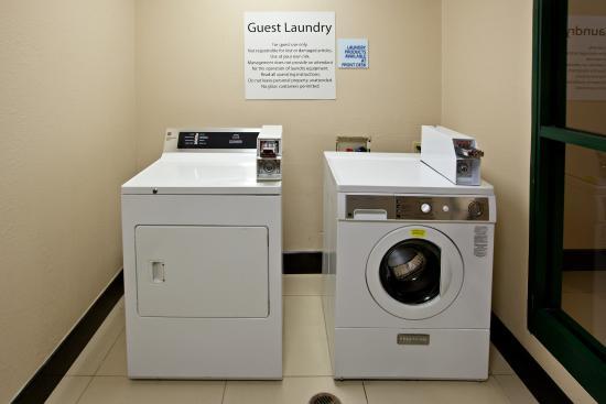 Tell City, Ιντιάνα: Laundry Facility
