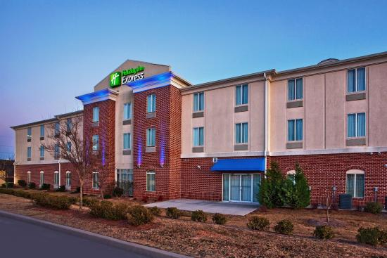 Photo of Holiday Inn Express & Suites Bremen