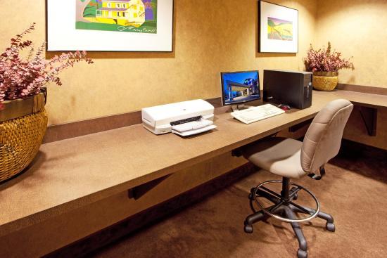 Holiday Inn Express Hagerstown : Business Center