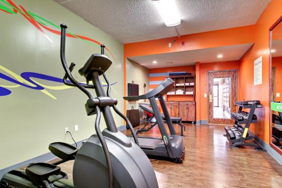 Marshfield, MO: Fitness Center