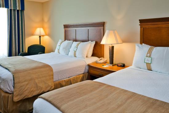 Holiday Inn Hotel & Conference Center: Valdosta, GA Holiday Inn Elegant Two Queen Beds Room