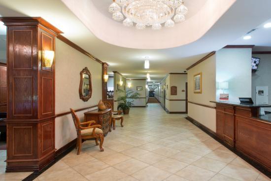 Duncanville, TX: Hotel Lobby