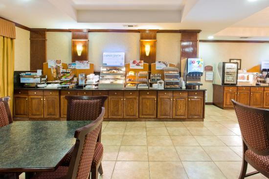 Duncanville, TX: Breakfast Bar