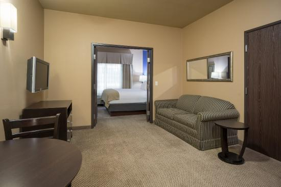 Holiday Inn Express Hotel & Suites Eau Claire North: Queen Bed Suite Holiday Inn Express Eau Claire North
