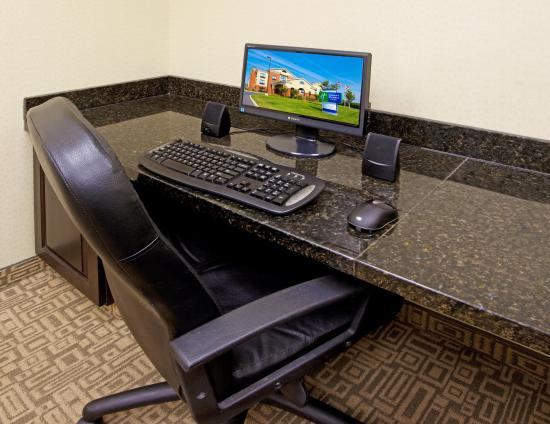 Chestertown, MD: Our business center is open 24 hours