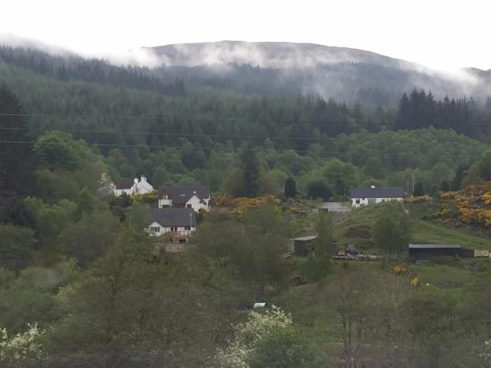 Tigh Na Mairi B&B : And this is the view from the bathroom!