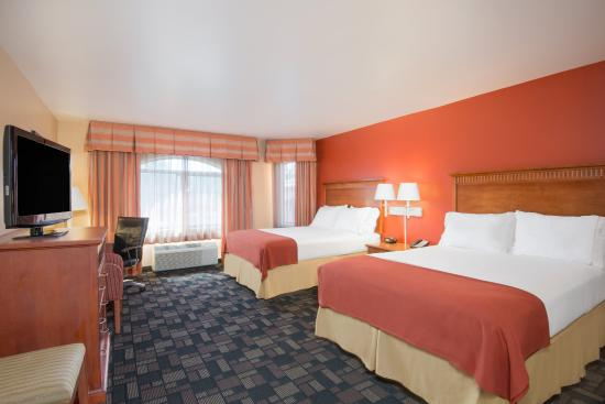 Holiday Inn Express Prescott: Comfortable Two Queen Guest Room