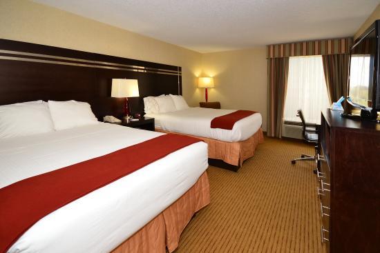 Dublin, VA: Two Queen Bed Guest Room
