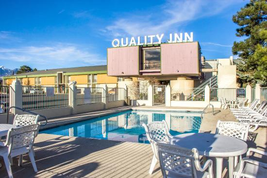 Quality Inn I-40 & I-17: Pool