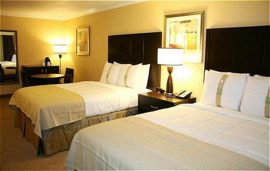 San Mateo, Californien: Double Bed Guest Room.