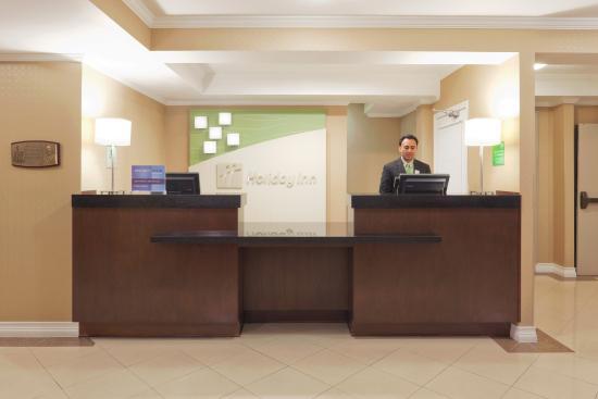 Holiday Inn & Suites San Mateo Reception