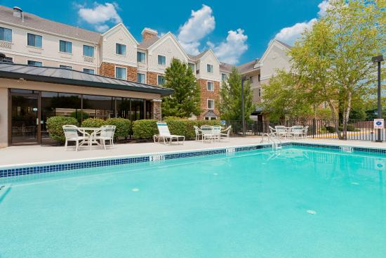 Staybridge Suites Allentown Bethlehem Airport: Swimming Pool