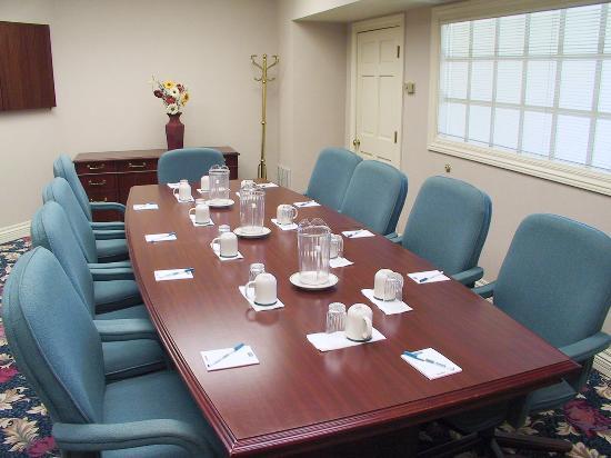 San Bruno, CA: Meeting Room