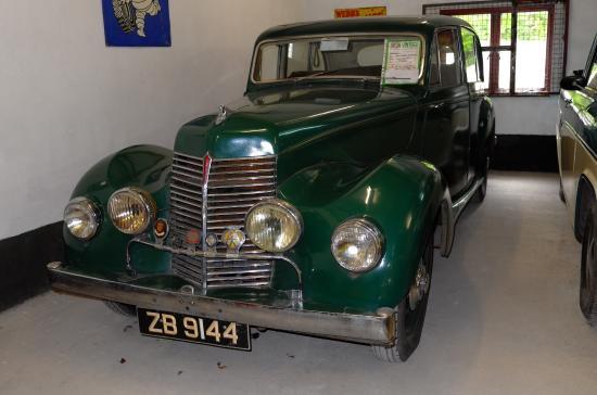 Kilgarvan motor museum: Armstrong Siddeley Lancaster 1946