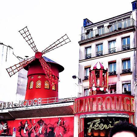 picture of moulin rouge paris tripadvisor. Black Bedroom Furniture Sets. Home Design Ideas