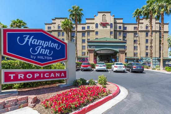 ‪Hampton Inn Tropicana‬